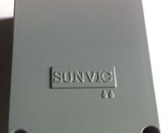 1 x sunvic bx3 weatherproof case for tlx/tlm thermostats part number 8362405