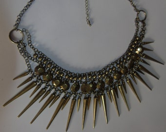 Womens spike necklace