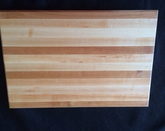 "Wood Cutting Board, Maple and Cherry with bumpers, 18""x 12"""