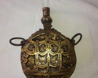 Old Turkysh powder flask