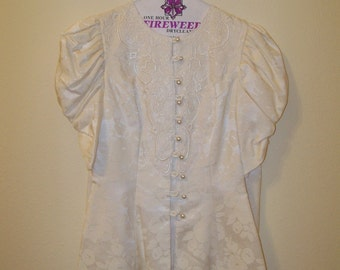 Formal Ivory Suit Size 3/4