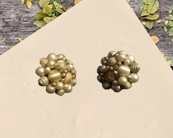 Vintage Cluster Faux Pearl and Fabric Bead Earrings Clip Ons Made in Japan