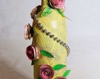 Roses and Pearls Bottle