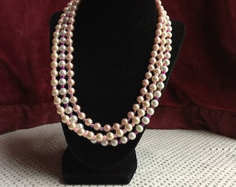 20 inch 3 strand pearl necklace in pinks and ivory