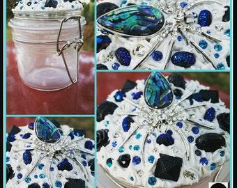 Spider stash jar