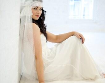 Juliet cap veil