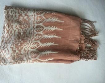 Silk scarve beige
