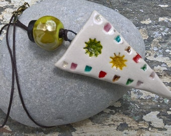 Tribal color necklace