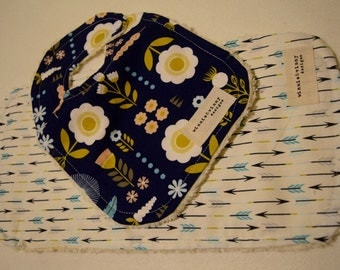 Arrows and Blooms Bib and Burp Cloth Set