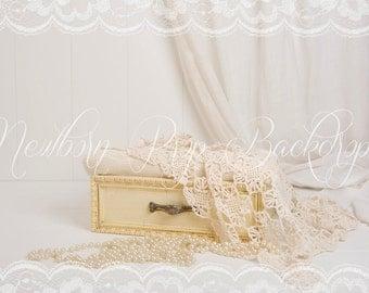 Newborn Digital Backdrop (drawer/beige/pearls)
