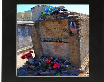 Photograph of the Tomb of Marie Laveau