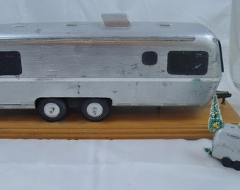 Handmade Camping Trailer Model Mounted w/Xmas Ornament Silver Airstream