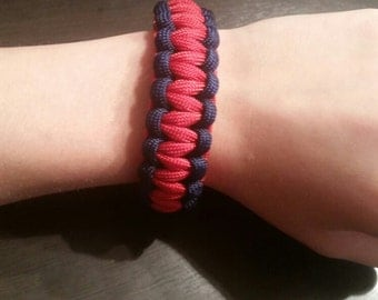 Red and navy blue paracord bracelet