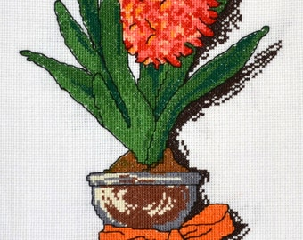 Needlework, vase, handmade / Cross stitch, vase, handmade