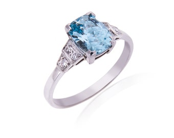 R090 Art Deco Style Aquamarine and Diamond Ring