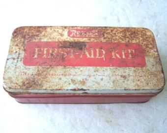 Vintage Rexall Drug First Aid Metal Box #W504