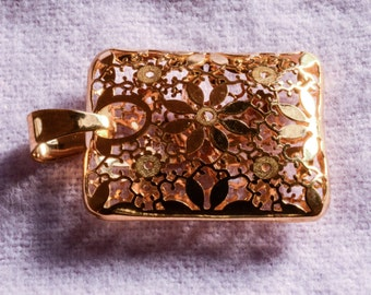Italian Designs Stefano 14KT Yellow Gold Rectangular Floral Design Pendant