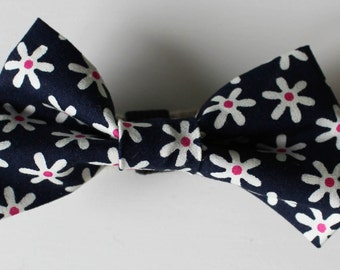 Flora Dog Bow Tie