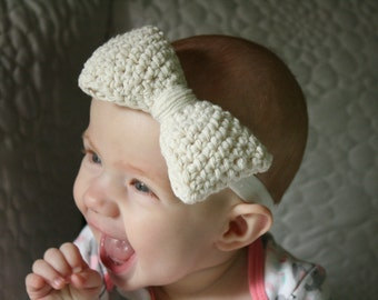 Crocheted Bow