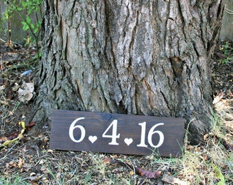 Save the date wooden sign, wedding gift, wedding date sign, wooden save the date sign