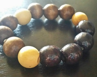 Chunky Wooden Bead Bracelet