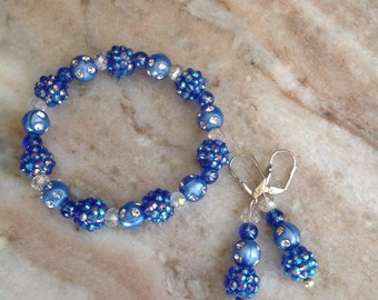 Shades of blue bracelet and earrings