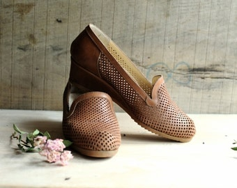Vintage shoes, Leather Shoes, Leather wedges, Vintage Loafers, High heel shoes , Brown shoes, Womens shoes, Boho shoes, Bohemian, size 6