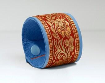Great bracelet, leather, light blue/terracotta, handmade