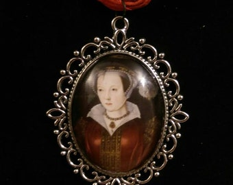 Catherine Parr Organza Ribbon Cameo Pendant Choker Necklace