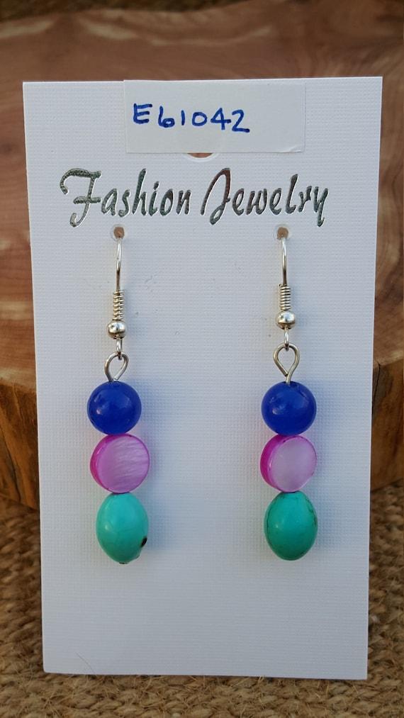 Navy Blue Turquoise Hot Pink Earrings / Howlite Mother of Pearl Earrings / Dangle Earrings / Hippie Earrings / Boho Jewelry /E61042
