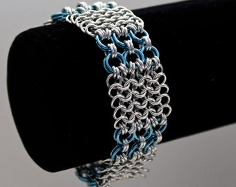Chainmaille Bracelet, European 4 in 1, Blue and Silver, Chainmaille Jewelry, Medieval Jewelry