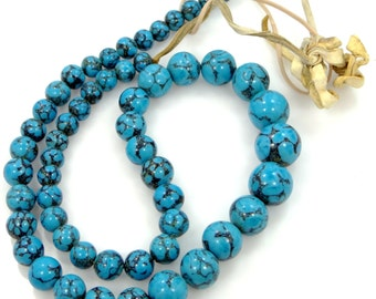 Pretty Blue Veined Agate Necklace