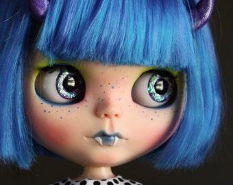 "OOAK Custom Blythe Art Doll ""Bugaboo"" by Dear Girlface Dolls Monster Girl with Fangs and Horns"