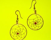 Vintage 1980s Dreamcatcher Gold and Red Wired Dangle Drop Earrings