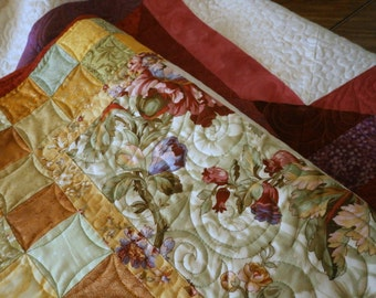 Candy Heart Lap Quilt or Wall Hanging, original design by PamelaQuilts, Lap Blanket, Wall Hanging, Throw, Valentine Quilt, Patchwork Quilt