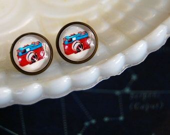 Framed vintage inspired camera post earrings- red and blue- photographer