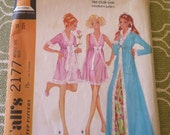 Vintage 60s Misses Robe and Nightgown Sewing Pattern size 10 B 32.5