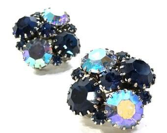 Signed Weiss Aurora Borealis Rhinestone Earrings / Vintage 1950s Blue Sapphire & Iridescent Crystal Cluster Earrings / Clip On