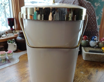 1960s Ice Bucket Soft Rubbery Insulated Plastic