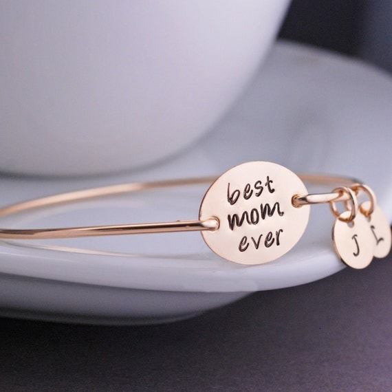 Christmas Gift for Mom, Personalized Gold Best Mom Ever Bangle Bracelet, Mother Jewelry, Gold Mothers Bracelet