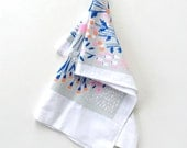 Daffodil Kitchen Towel - Gray