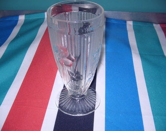 Jeannette Glass Iris and Herringbone tumbler