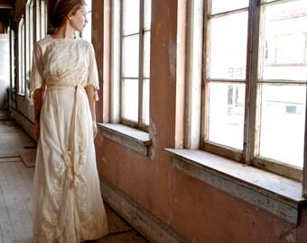 1913 Wedding Dress XS