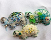 Trio of Quilty Critter Turtle Magnet Scented Sachets - OOAK, Folk Art, Party Favor, Novelty, Fragrant Eucalyptus