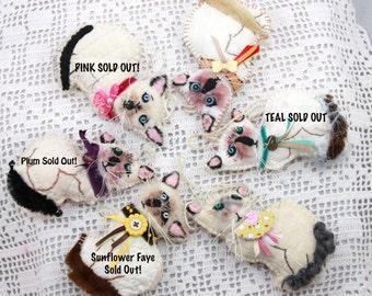 Siamese Kitten Quilty Critters - OOAK, Cats, Folk Art, Novelty, ornaments - only 3 left