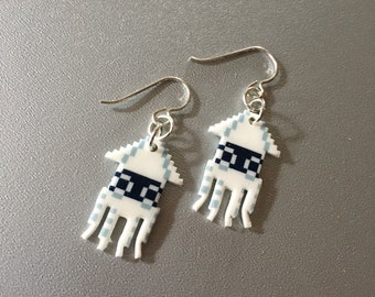 calamari pixellatti - blooper dangle earrings