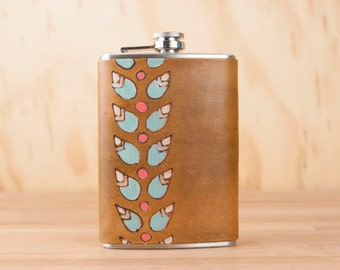 Leather Flask - Handmade Hip Flask in the Petal Pattern with modern flowers - 8oz Size - Bridesmaid Flask - Wedding Flask