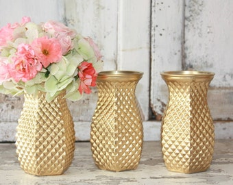 Gold vase, Gold painted wedding centerpiece, gold dipped small vase, bridal shower, baby shower decor