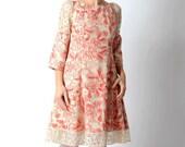 Floral linen dress, Beige and pink womens dress in linen and lace, Womens floral linen dress, Flared floral dress