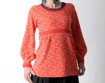 Long coral sweater, Coral red patterned jersey sweater with long puffy sleeves,  Fr 40 / UK 12, or Your size.